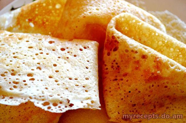 Вкусные тонкие блины на дрожжах рецепт с пошагово